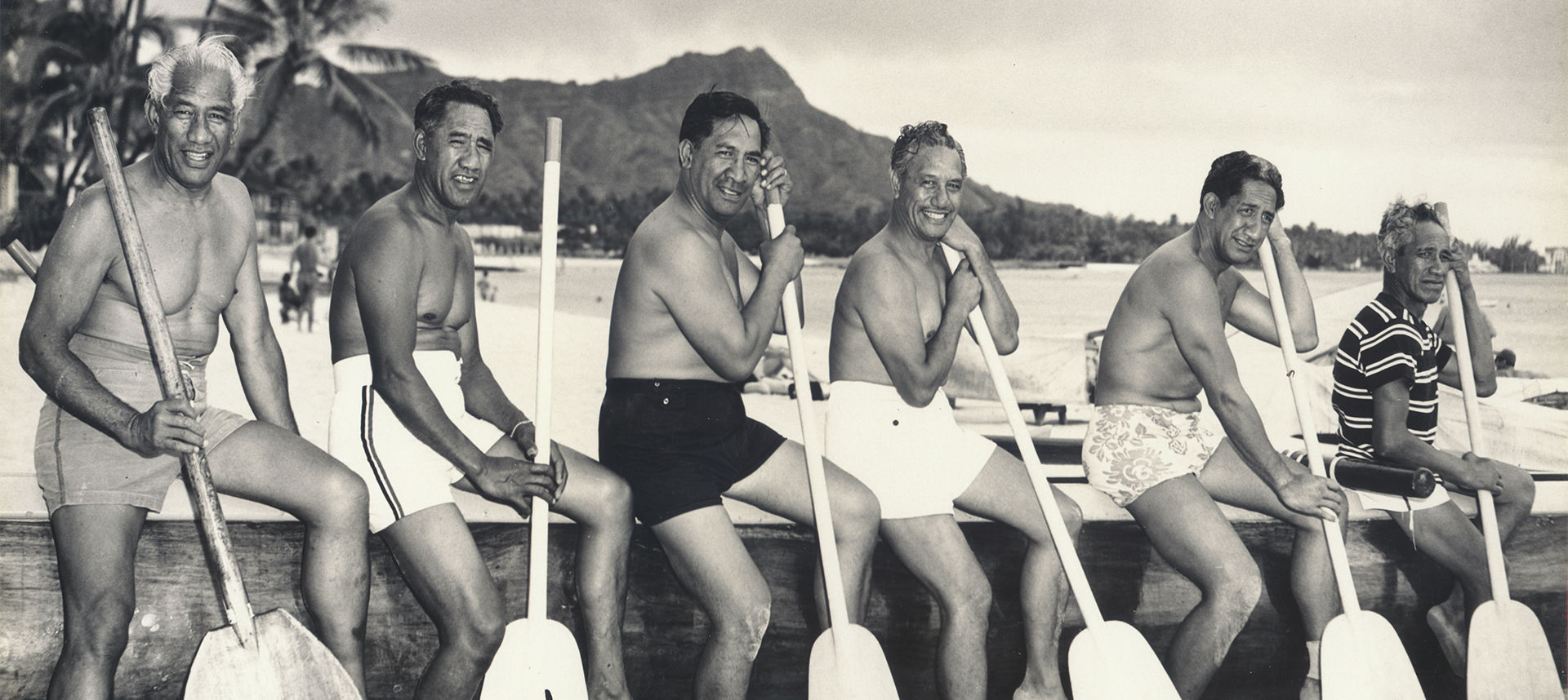 Duke and men with oars